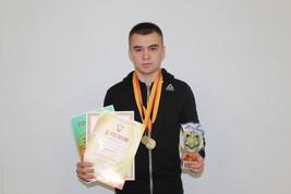 I место в весовой категории 65 кг на IV открытом районном турнире по рукопашному бою памяти Героя России Николая Смирнова
